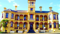The Queenscliff Historic Royal Hotel - Tourism Adelaide