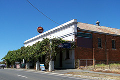 Red Hill Hotel - Tourism Adelaide