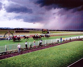 Hawkesbury Race Club - Tourism Adelaide