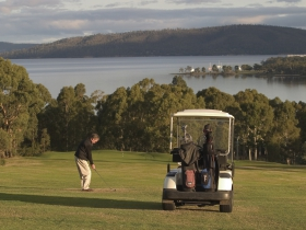 North West Bay Golf Club - Tourism Adelaide