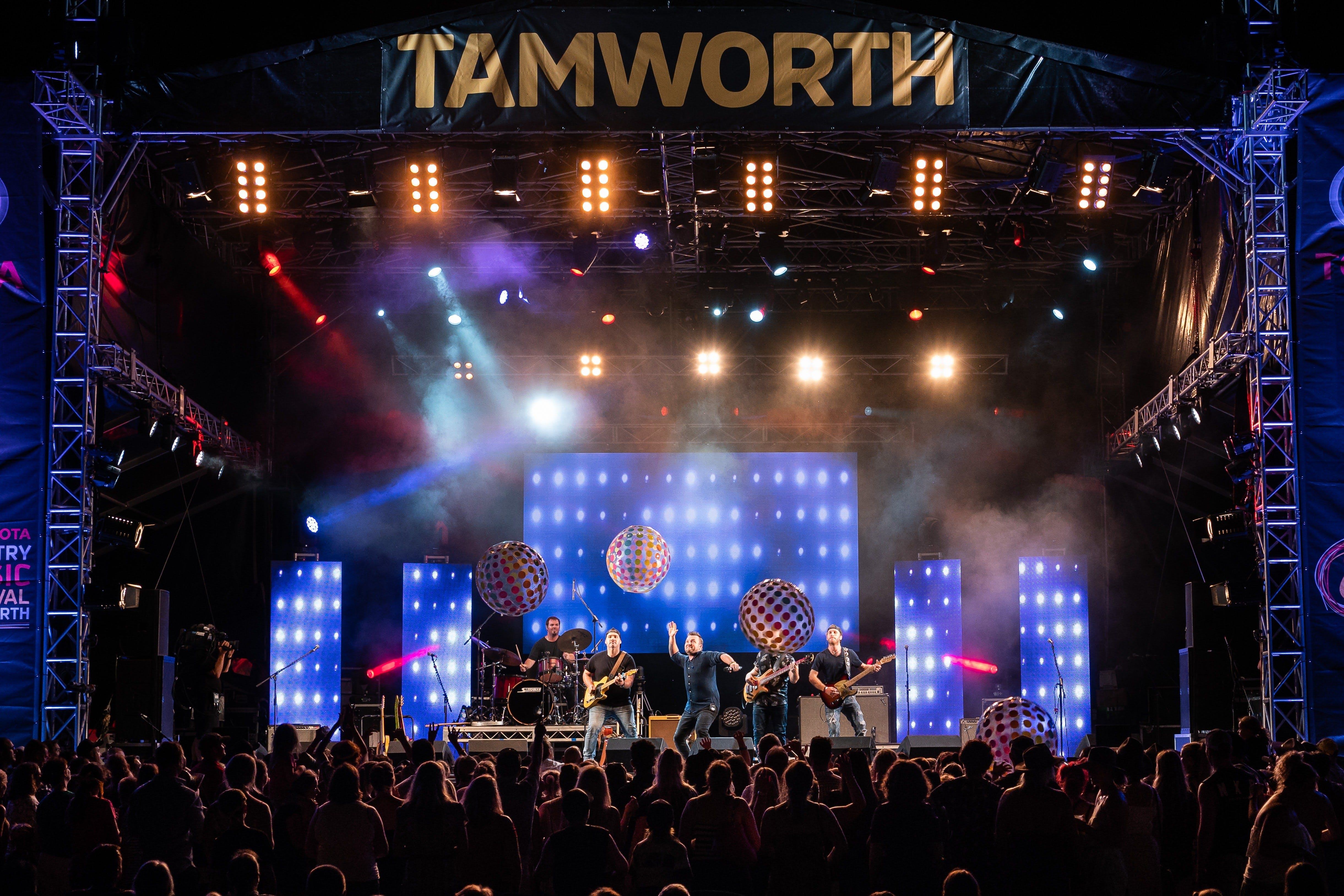 Toyota Country Music Festival Tamworth - Tourism Adelaide
