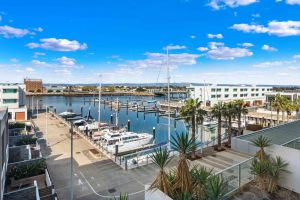 Port Adelaide Executive Waterfront Apartment - Tourism Adelaide