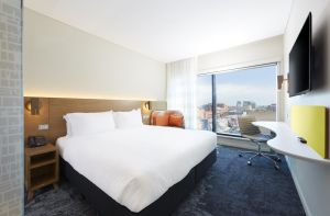 Holiday Inn Express Adelaide City Centre - Tourism Adelaide