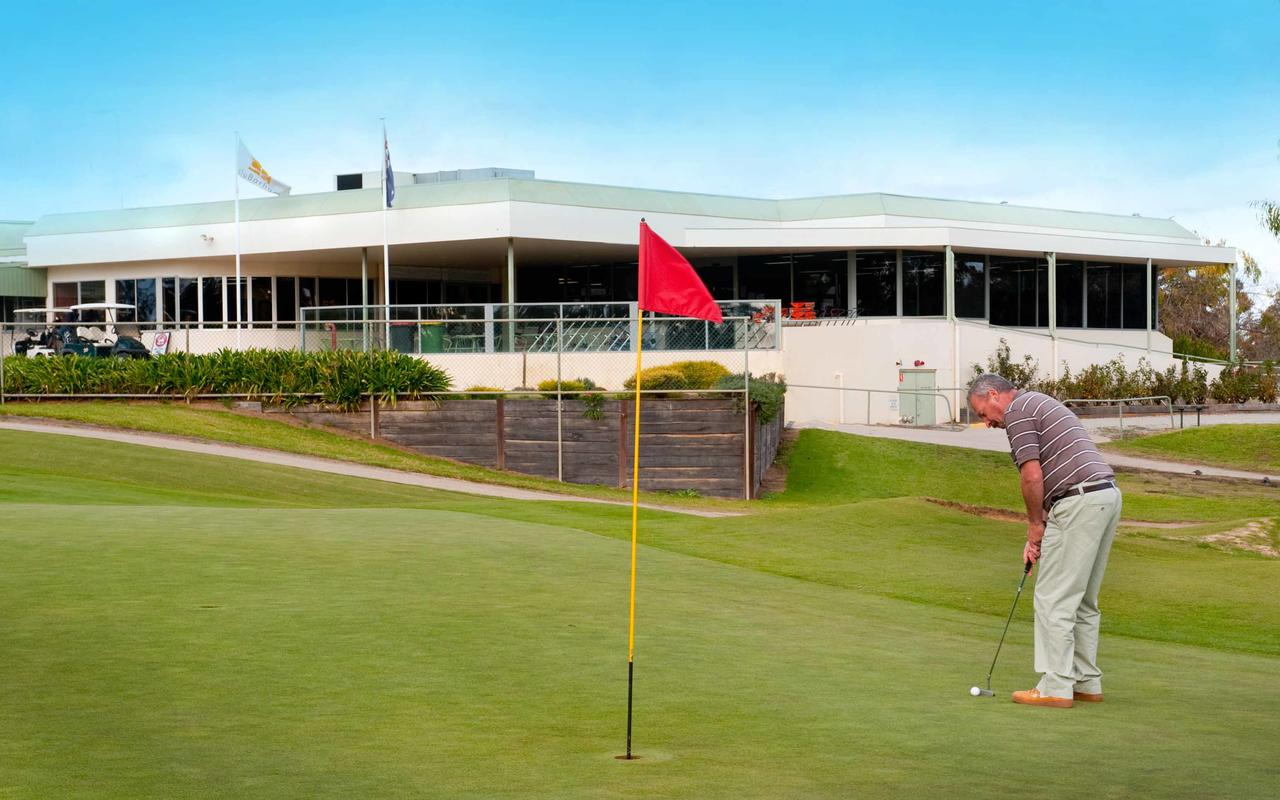 cluBarham Golf Resort - Tourism Adelaide