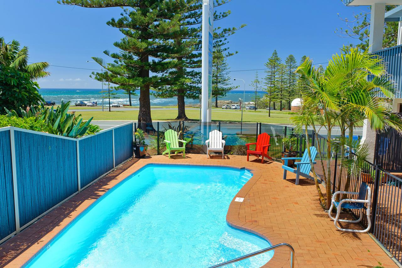 Beach House Holiday Apartments - Tourism Adelaide