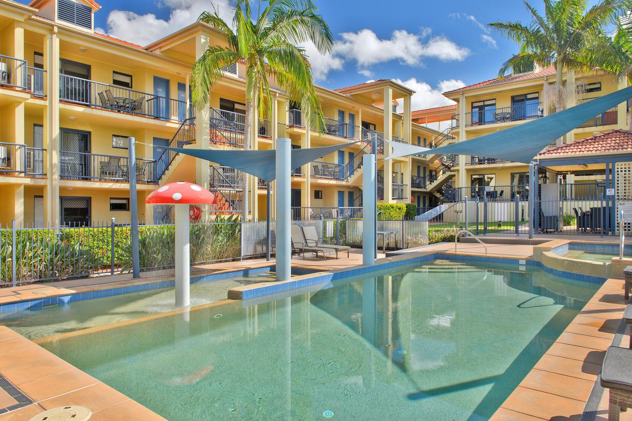 South Pacific Apartments - Tourism Adelaide