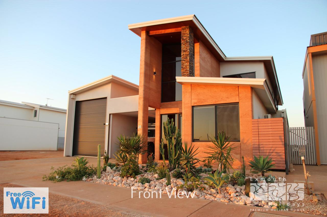 31 Inggarda Lane - Spectacular Views with a Private Jetty and Wi-Fi - Tourism Adelaide