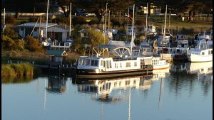 Swamp Fox luxury 2BR Dutch Barge - Tourism Adelaide